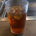 お好み焼肉道とん堀 - 三回戦は、ウーロン茶を……(違いがわからん❗️)