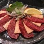 山葵 - 料理写真:馬刺し