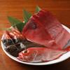 寅福 - 料理写真:全国の市場から直送で鮮魚を仕入れてます