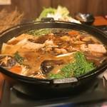 地鶏と個室居酒屋 近松 - 鳥すき焼き鍋