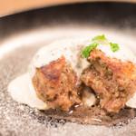 SHINBASHI - 肉汁溢れる本格ハンバーグ!!!