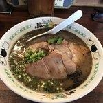 ぶぃスリー - 料理写真:ちゃ〜しゅーめん ¥900