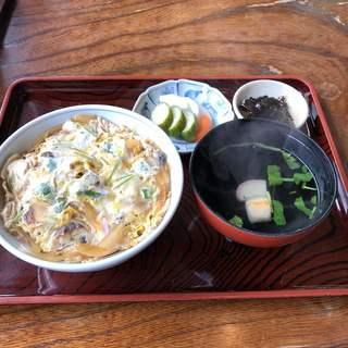 鮒彦総本舗 - 料理写真:うな玉丼