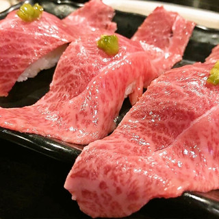 厳選!!鹿児島黒牛の『肉寿司』