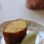 レストラン ペタル ドゥ サクラ - パイナップルとココナツのケーキ 山椒のアイス