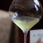 レストラン ペタル ドゥ サクラ - 香りを楽しめる形状のグラス