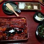 日本橋 玉ゐ - 中箱(焼き上げと煮上げの合いのせ)