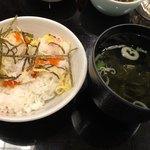 海賓亭 - ズワイガニとび子御飯と青海苔潮汁