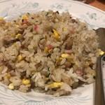 寺尾屋 - 料理写真:炒飯