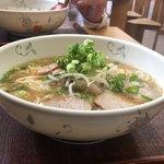 中華そば きくま - 丼を横から       玉渕丼