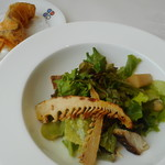 87557358 - 北海道アイナメのグリエ、筍と空豆のサラダ、シトロンコンフィ(塩レモン)のアクセント