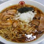 丸幸 - 料理写真:ラーメン(390円)