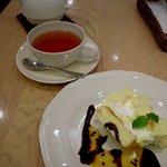 アフタヌーンティー・ティールーム  - マンゴーとパッションフルーツのショートケーキ