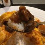 87570416 - 牛ほほ肉のデミグラス丼1,580円