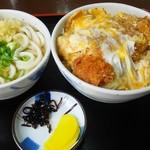 麺喰 - カツ丼セット500円安っ!!!