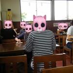 麺喰 - 猫がいっぱい(笑)