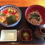 87577962 - 七福海鮮丼(冷そびセット)