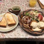 狐吉屋 - 料理写真:ハンバーグとクリームコロッケ @1180