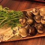 桑名蛤料理・蛤しゃぶしゃぶ 貝新 - 桑名産天然はまぐりしゃぶしゃぶ