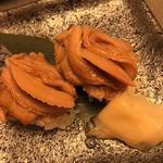 桑名蛤料理・蛤しゃぶしゃぶ 貝新 - 煮はまぐりのお寿司