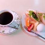 結城 - 料理写真:モーニング(全体)