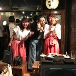 wapiti - お嬢様達すでに酔っ払い!わっちなんてグラス持ってないのに乾杯してる!ヾ(≧▽≦)ノギャハハ☆