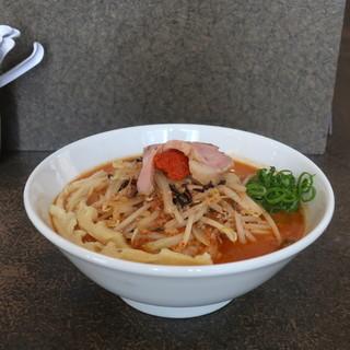 味噌ラーメン 雪ぐに - 料理写真:辛ミソラーメン+穂先メンマ(麺固め、5辛、ニンニク・山椒入り)