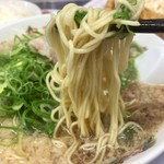 87596299 - ストレートの細麺、リフト