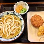 丸亀製麺 - 冷かけ・メンチカツ・鶏天