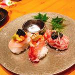 地鶏炭火焼 鶏樹 - 世界三大珍味のお寿司
