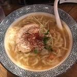 麺Dining比内地鶏白湯らーめん志道 - 料理写真:らーめん(志道特製麺)