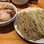 りきどう - 焙煎2色つけ麺チャーシュー