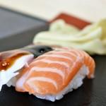 亀すし - サーモン
