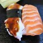 亀すし - たこ&サーモン
