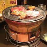 炭火焼肉 太陽 - 七輪炭火焼肉