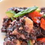 クラフト サンドウィッチ - 黒米と夏野菜・ベーコンのサラダ(ローストチキン with サラダセット)