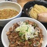麺屋 睡蓮 - つけ麺200g、チャーシュー丼