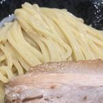 麺屋 睡蓮 - 綺麗な麺