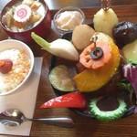 タケウチ - 煮込みハンバーグカレー膳