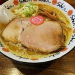拉麺Shin. 厚別店 - 味噌ラーメン。