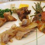 にじの耳納の里 レストラン夢キッチン - 野菜はもちろん、豚肉&鶏肉が美味しい