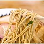 麺屋 あがら  - 小麦の風味バツグンの麺。