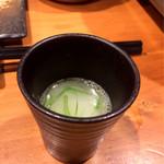鶏匠吟八 - 博多水炊きのスープ