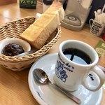 コメダ珈琲店 - コーヒー  モーニングC 11時までなのはありがたい