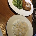 Charcoal Dining るもん -