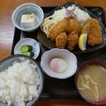 ドライブインサザエ - ミックスフライ定食750円