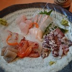 寿司・料理・地酒 はらこ - 刺身盛(一部手をつけた後)