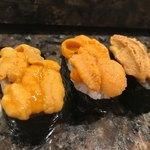 新明石鮓 - 3種類雲丹の食べ比べ