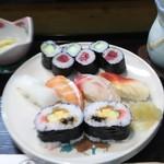 幸鮨 - 寿司定食のメイン