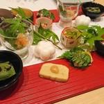割烹にし田 - 料理写真:華やかな前菜なのだ☆*:.。. o(≧▽≦)o .。.:*☆二人分ね